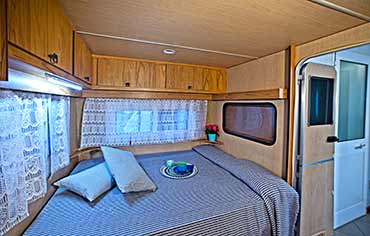 Camping Lilly Pineta has Precaravans for 2,4,5 and 6 people in Marina di Massa