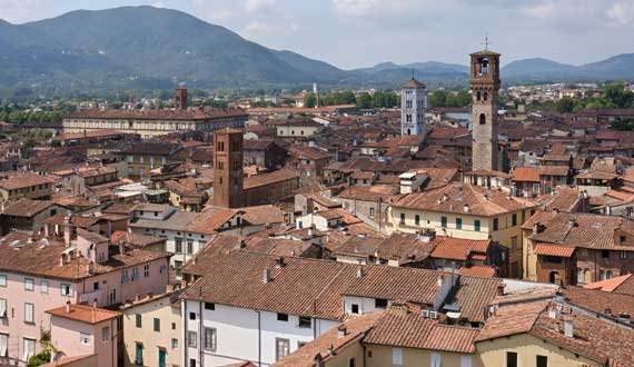 Lucca is 50 km far from the Camping