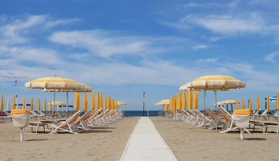 Versilia is 15 km far from the Camping